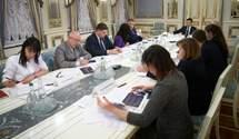 Зеленський доручив розробити програму для молоді з ОРДЛО: що вона передбачатиме