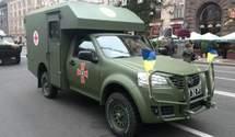 Волонтери відремонтували півсотні авто для військових на Донбасі: фото, відео