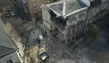 В центре Одессы рухнул дом, прохожие едва убежали: появилось видео