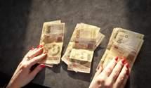 Кожна третя гривня з бюджету йде на погашення або обслуговування боргу, – Гетманцев