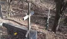 У Криму переповнені кладовища, померлих ховають в руслах річок