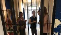 Украинцев не пустили в Афины и три дня держали в изоляторе: чем завершился инцидент – видео