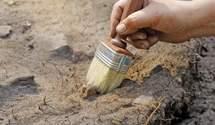 Скарб століття: на Житомирщині рибалка знайшов монети часів Київської Русі – вражаючі фото