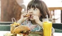 Їж з хлібом: 5 харчових звичок з дитинства, які заважають нам худнути – думка експертки