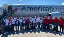 Футболистов сборной Белиза пытались похитить перед матчем с Гаити: видео вооруженного нападения