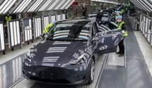 Tesla знову відкликає електромобілі у Китаї: що цього разу