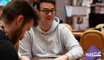 Известный стример помогает детям с помощью выигранных в покер денег