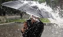 Град, шквали та підйом води у річках: в Україні знову оголосили штормове попередження
