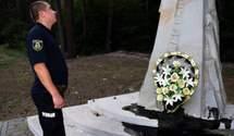 На Київщині вандал облив чорною рідиною пам'ятник герою Небесної Сотні Юрію Вербицькому
