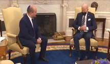 """Байден """"заснув"""": у мережі з'явився фейк про зустріч прем'єра Ізраїлю з президентом США"""