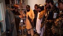 Нашли лыжи и коллекцию вин: талибы захватили посольство Норвегии в Кабуле