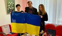 """Украинское в тренде: в Финляндии открылось благотворительное кафе """"Ukraina"""""""