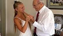 Наречена пролетіла пів країни, щоб станцювати зі своїм 94-річним дідусем: зворушливе відео