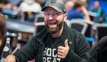 Легенда покера спустил 300 000 долларов за несколько минут
