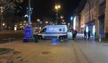 Обматюкав і вистрілив у живіт: у поліції розповіли подробиці про розбірки в барі на Хрещатику