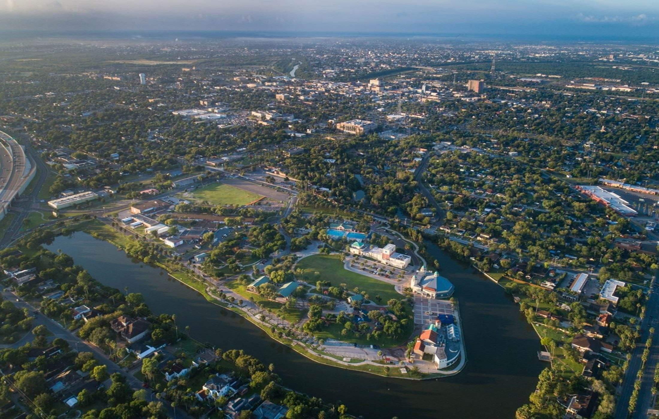 Город Браунсвилль, которому Маск подарил 30000000 долларов