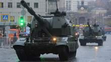 В Москве появилось большое количество мощной военной техники