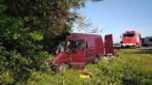 Смертельное ДТП во Львовской области: появились детали о погибших и новые фото