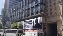 """В КГГА баннер в поддержку Сенцова назвали """"политической рекламой"""" и заставили снять"""
