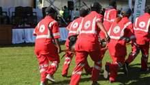 Президент едва не погиб во время выступления на сцене в Зимбабве: жуткие кадры