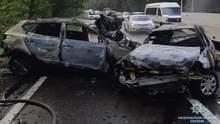 На Киевщине в результате ДТП с пожаром погибла семья