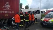 Зіткнення автобуса та вантажівки на Житомирщині: оприлюднено кількість загиблих дітей