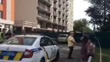 Ужасная смерть: в Киеве железная конструкция упала с 21 этажа и убила женщину