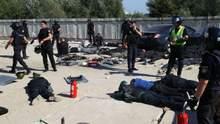 В Киеве вспыхнули столкновения между полицией и неизвестными из-за застройки:десятки задержанных