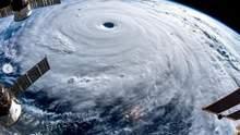 На Китай насувається потужний тайфун: вражаючі фото стихії із космосу