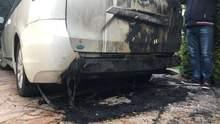Невідомі підпалили авто депутата під Одесою: фото