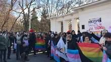 В Киеве сорвали марш в поддержку трансгендерных людей: есть пострадавшие