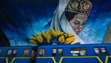 """Станція метро """"Осокорки"""" перетворилася на арт-об'єкт: вражаючі фото"""