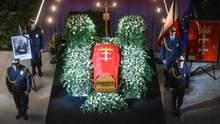 Похорони вбитого мера Гданська Адамовича у Польщі: фото та відео з церемонії