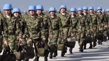 Ведение миротворцев ООН на Донбасс: Порошенко обсудил инициативу с Меркель