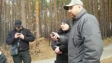 """Охоронці Медведчука тримали журналістів Bihus.Info в лісі перед телекамерами """"112"""" і NewsOne"""