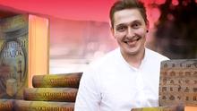 Как начинающий писатель сумел завоевать современного читателя: интервью с Андреем Новиком