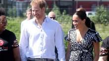 Меган Маркл и принц Гарри совершили первый выход в Африке: официальные фото герцогов Сассекских