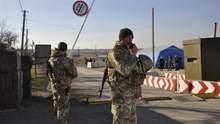 Пять паспортов на три фамилии: на границе с Россией задержали необычного нарушителя