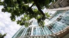 Офис-водопад: в Аргентине построили сооружение, фасад которого напоминает каскад водопада – фото