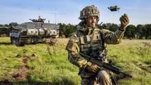 Поміщаються на долоні: британська армія представила новітні безпілотники – відео