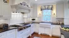 Как обыграть окно на кухне: идеи и фото