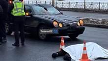 """Оторвало голову: в Харькове водитель """"євробляхи"""" на бешеной скорости сбил мужчину – видео 18+"""