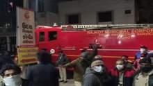 В індійському шпиталі для хворих на COVID-19 спалахнула пожежа: є жертви – фото 18+