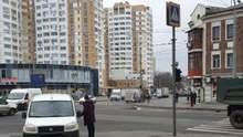 У Харкові автовоз розчавив жінку на пішохідному переході та тягнув кілька метрів: відео 18+