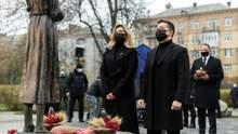 Зеленський, Єрмак та Шмигаль вшанували пам'ять жертв Голодомору в Україні: фото