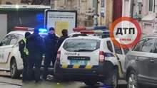 5 чоловіків вдерлися в квартиру і захопили жінку в заручники у Києві: відео