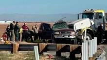Фатальне зіткнення авто та фури у Каліфорнії: у ДТП загинули 15 людей – фото, відео