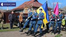 На Сумщине попрощались с военным, который подорвался на мине на Донбассе: видео