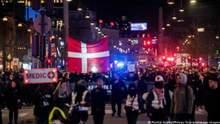 В Европе вспыхнула волна протестов против COVID-паспортов и карантина: видео
