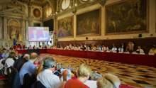 Венецианская комиссия поддержала проект Зеленского о наказании за ложное декларирован
